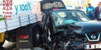 heridos, graves, turismo, NA-134, colisión, camión,
