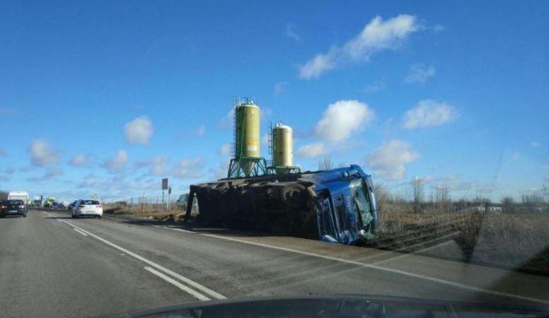 fallecido, colisión, camión, furgoneta, N-120,
