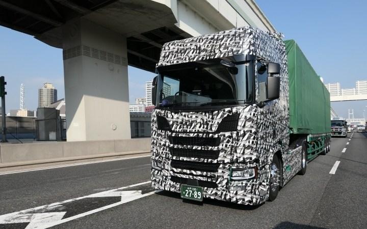 Nuevo, Scania, Japón, pruebas,