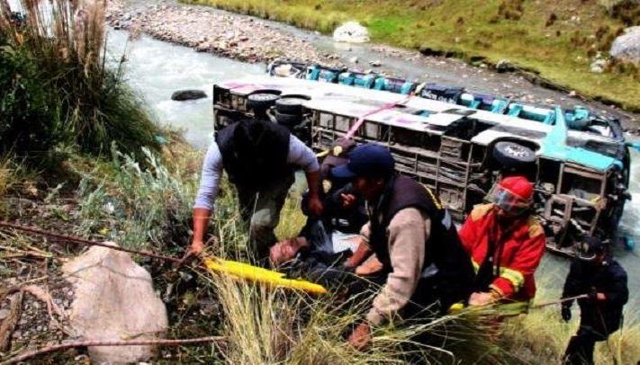 fallecidos, heridos, accidente, autobús, Perú,