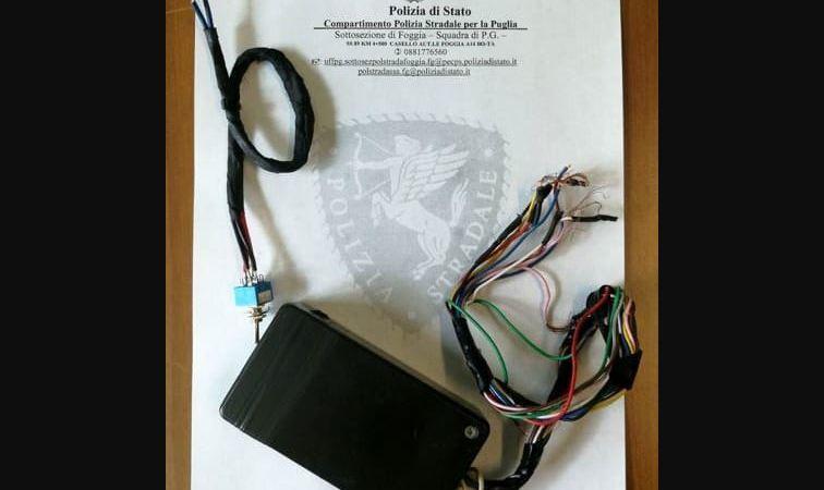 multado, detenido, camionero, manipular, tacógrafo, Italia, policía,