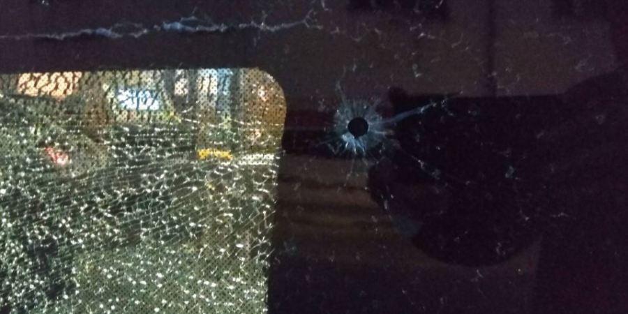 autobús, interurbano, disparo, balín, Alcalá de Henares