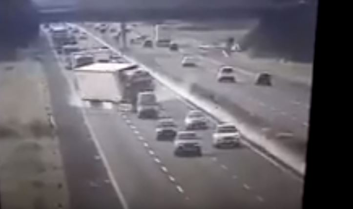 Grave accidente en una autopista italiana. Vídeo