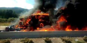 fallece, camionero, incendiarse, camión,