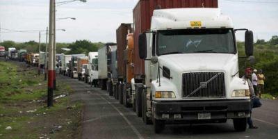 camiones, carga, retenidos, Centroamérica, El Salvador, mediadores,