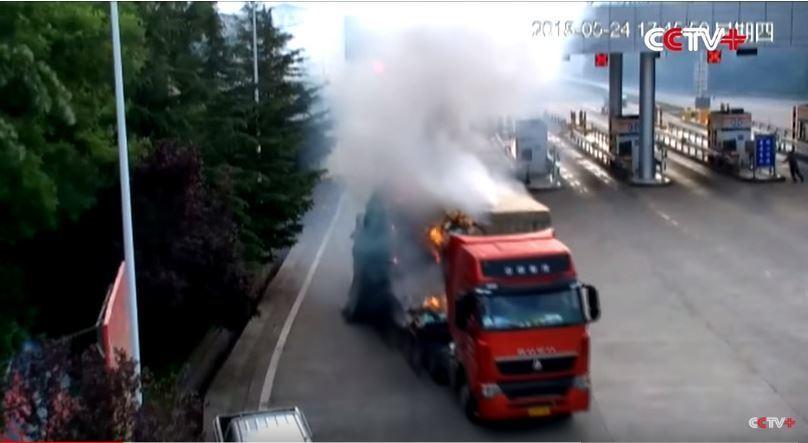 camión, incendia, autopista,