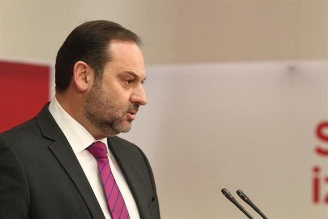 José Luis Ábalos, Ministro de Fomento,