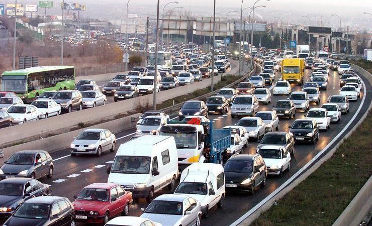 DGT, dispositivo, especial, Navidad, restricciones, camiones, circulación,