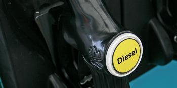 Fenadismer, denuncia, sobreprecio, competencia real, carburantes, España,