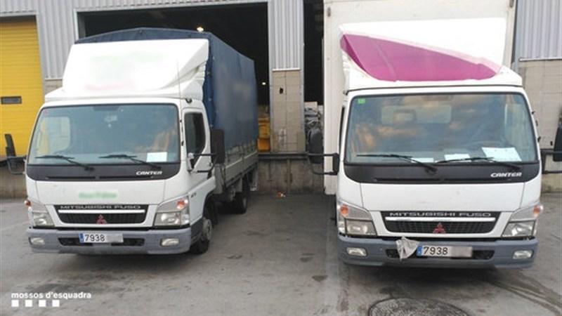 localizados, camiones, misma, matrícula, Barcelona,