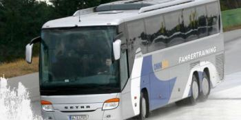 Omniplus, Daimler, formación, conductores, años,