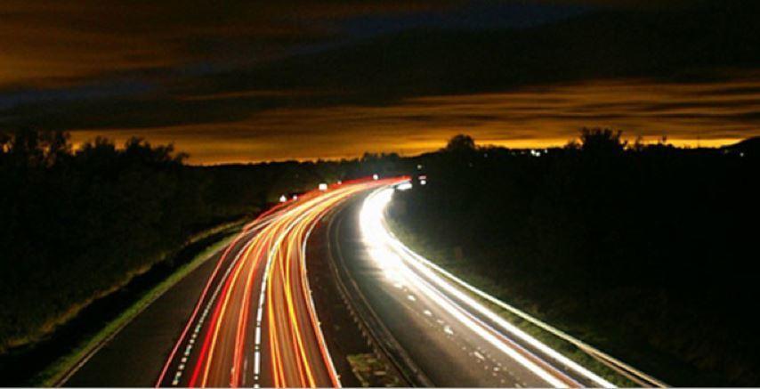 pruebas, digital, Dusseldorf, vía inteligente, vehículos autónomos, conectados,