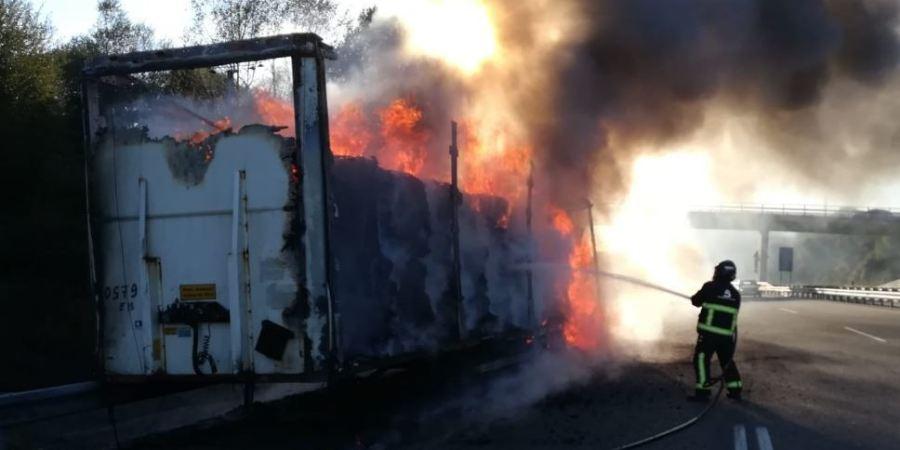 incendia, remolque, trailer, A-8,