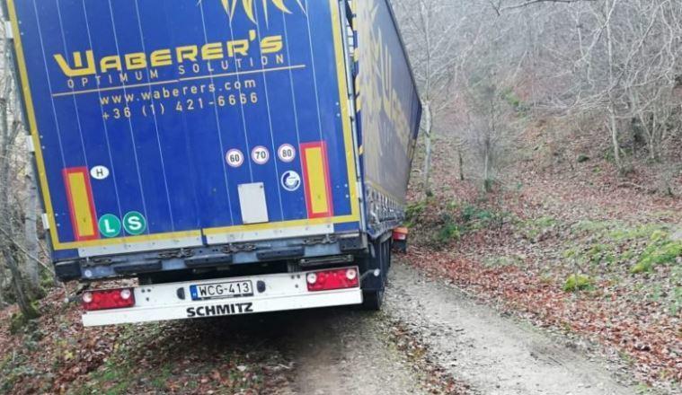 camión, atrapado, Triangulo Bermudas, La Rioja, empresa, Waberer's