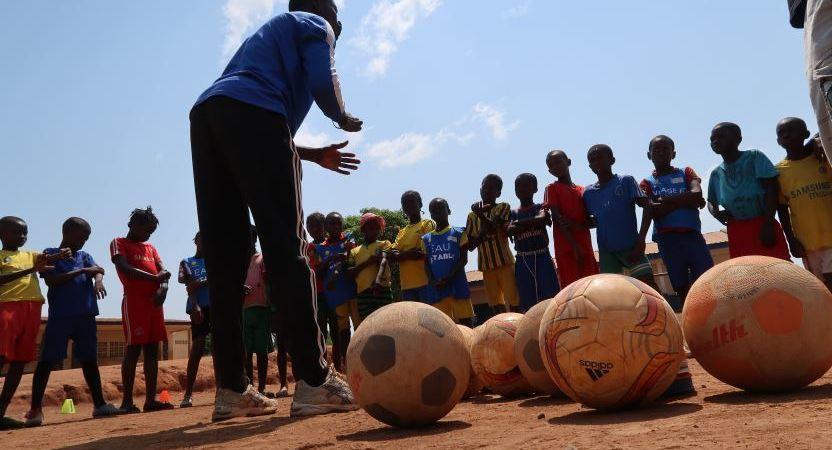 DHL, patrocinio, fútbol, Africa, juventud, deporte,
