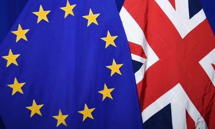recomienda, adopten, medidas, Brexit, duro, Comisión Europea, Estados,