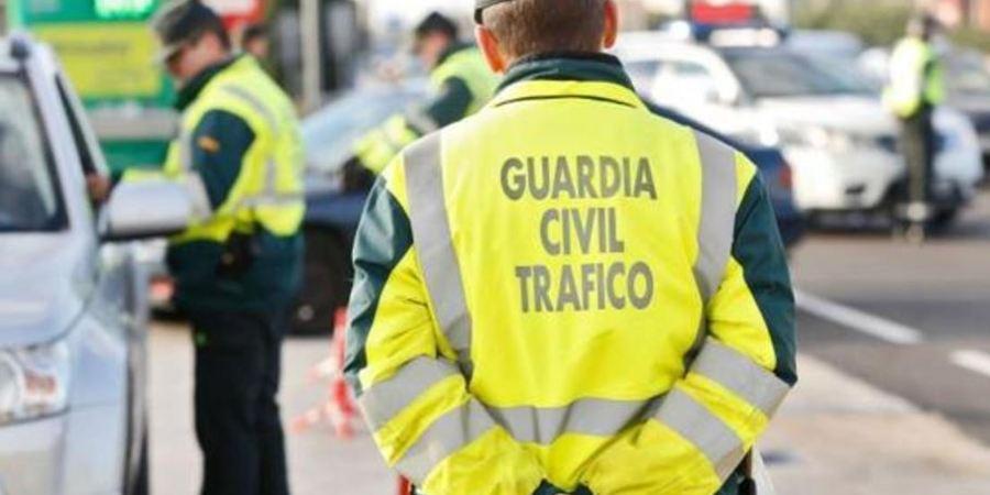 multado, padre, lección, hijo, multa, sin coche, control de alcoholemia, Guardia Civil. sociedad, curiosidades,