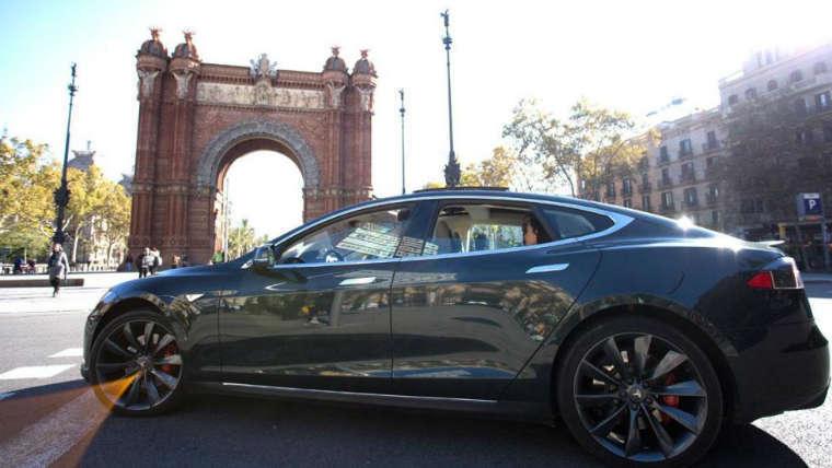 empresa, VTC, Moove Cars, ere, Barcelona, sector,