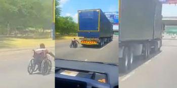 viaja, agarrado, camión, silla, ruedas, vídeos,