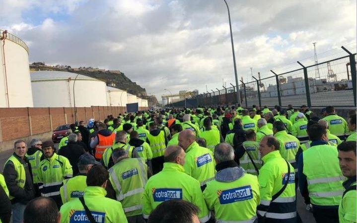 transportistas, firmes, movilizaciones, puerto, Barcelona,