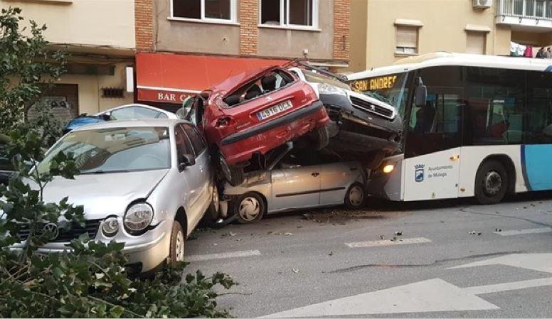 conductor, autobús, Málaga, UCI, leve, mejoría, EMT,