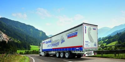 lona, frigorífico, S.CS Universal X-Light, Schmitz Cargobull, presenta, nuevo, chasis,