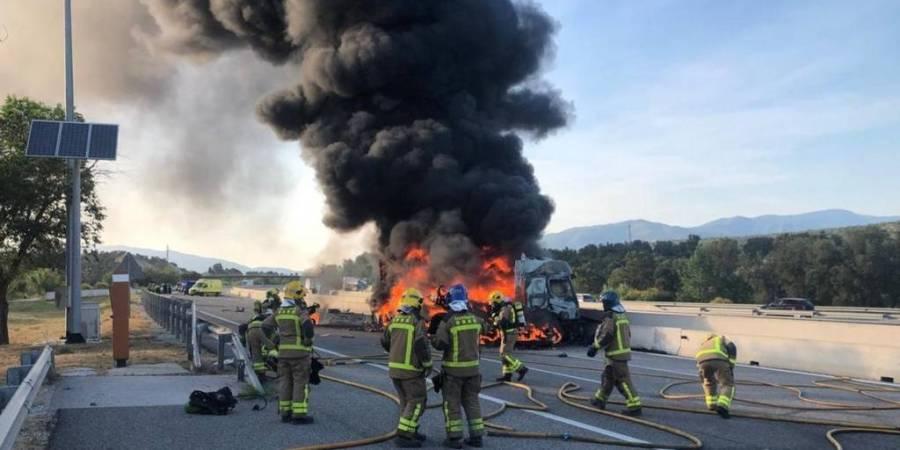 camión, incendio, AP-7, camionero, grave,