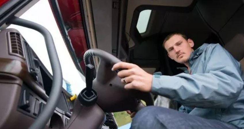 faltan, 15.000, conductores, precio, carnet, profesión, actualidad,
