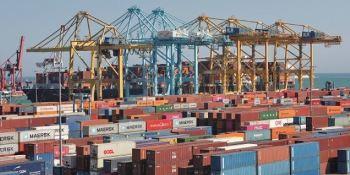 APM Terminals, Barcelona, pleno, rendimiento, adquisición, nuevas, máquinas,