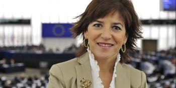 Izaskun Bilbao, apuesta, digitalización, descarbonización, futuro, transporte, carretera,