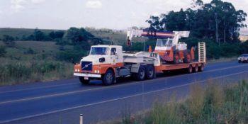 Volvo, camiones, autobuses, antiguos, Brasil,