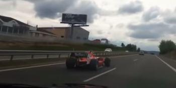 coche, Fórmula 1, circula, autopista, checa, vídeo,
