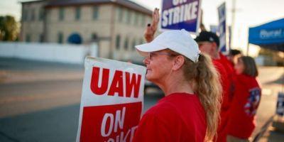 empresas, sociedad, huelga, trabajadores, General Motors, fabricantes del sector,