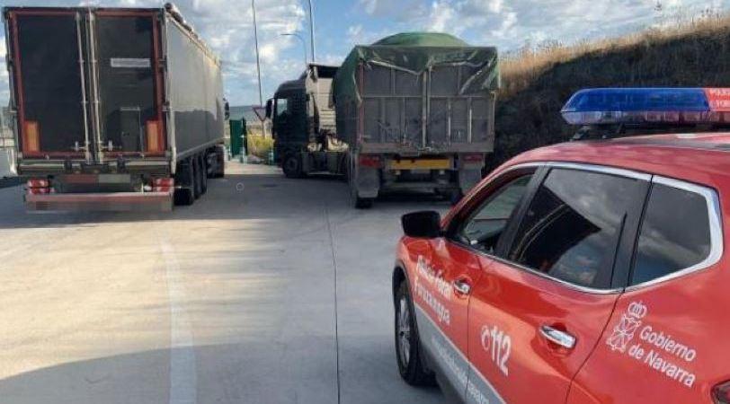 denunciados, dos, camioneros, circular, carga, permitida,