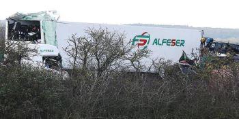 accidente, Reino Unido, fallecidos, dos camioneros,