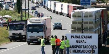 camioneros portugueses, huelga, incumplimiento, carga y descarga,