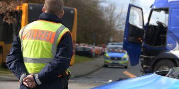 22 heridos, accidente, camión, autobús, Alemania,