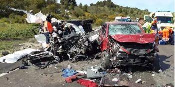 fallecido, dos, heridos, colisión, camión, turismos, Málaga,