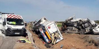 tres, heridos, accidente, camión, dos furgonetas
