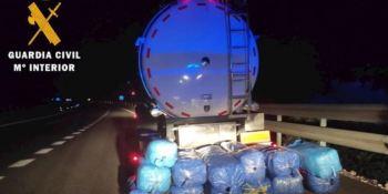droga, camión cisterna, Guardia Civil, localiza, 190 kilos,