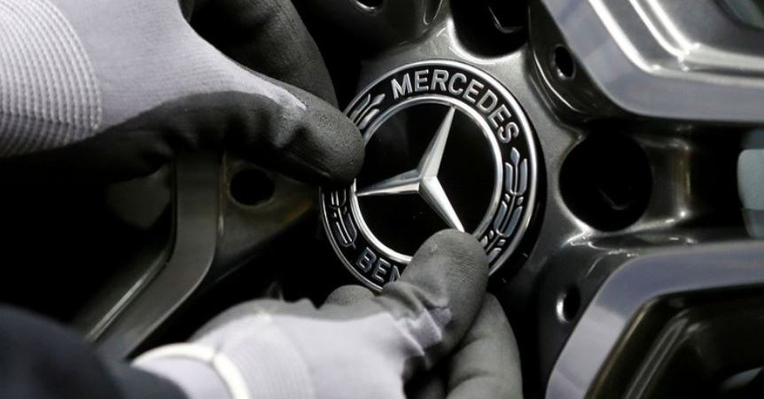 El fabricante Mercedes-Benz planea la venta de su fábrica en Hambach en Francia