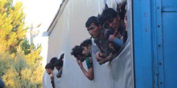 Detenido un camionero que transportaba 173 inmigrantes en el semirremolque.