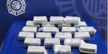 Detenido con 12.600 comprimidos de clonazepam en la cabeza tractora
