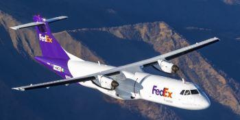 FedEx Express dona 2 aviones a los bomberos del Aeropuerto Madrid-Barajas
