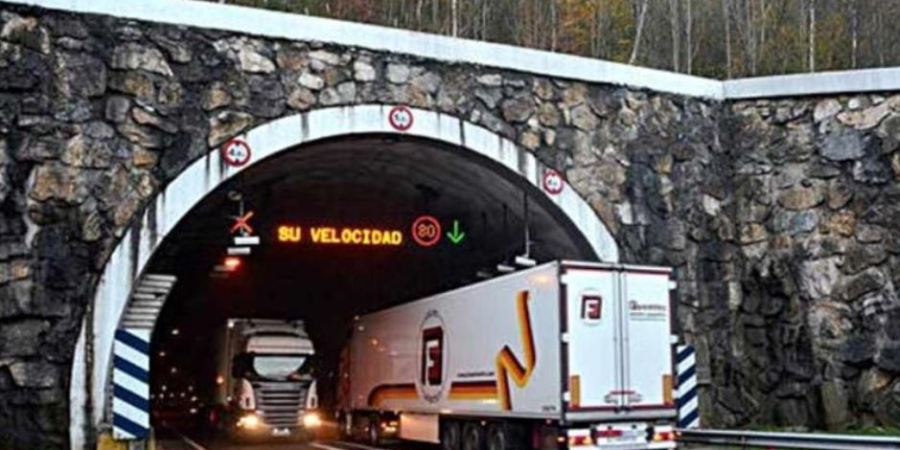 El Gobierno de Navarra prevé implantar a final de año el peaje a camiones en 5 carreteras
