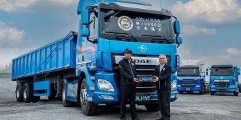 El camión DAF número 10.000 fabricado en la planta de Dabu, Taiwán
