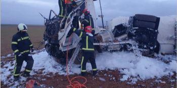 Un camionero resulta herido tras volcar su vehículo en la A-31