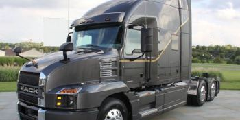 La historia de los camiones Mack