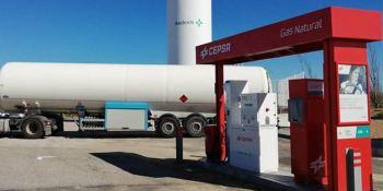 Cepsa y Redexis avanzan en la expansión del gas natural en España con una estación en Trujillo