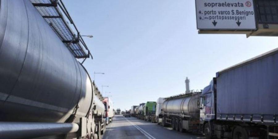 Los camioneros italianos piden ser vacunados contra el Covid-19